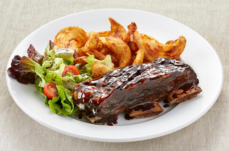 Beef ribs, salad and fries