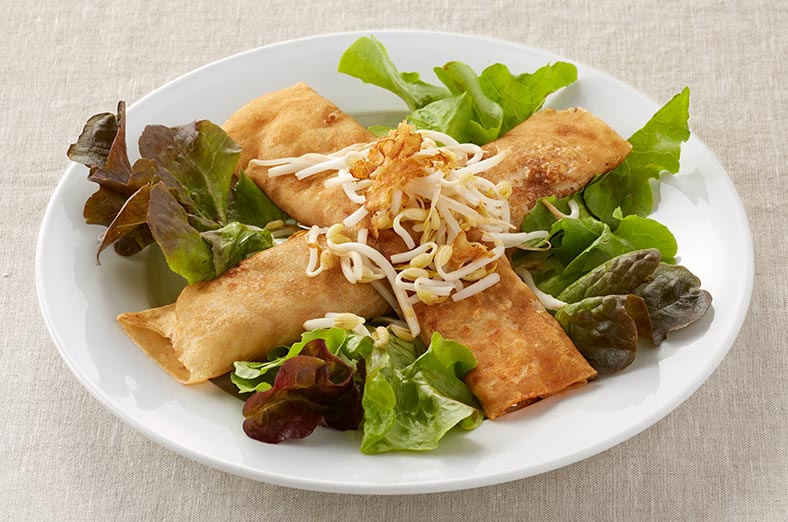 Thai Chicken crepe and salad