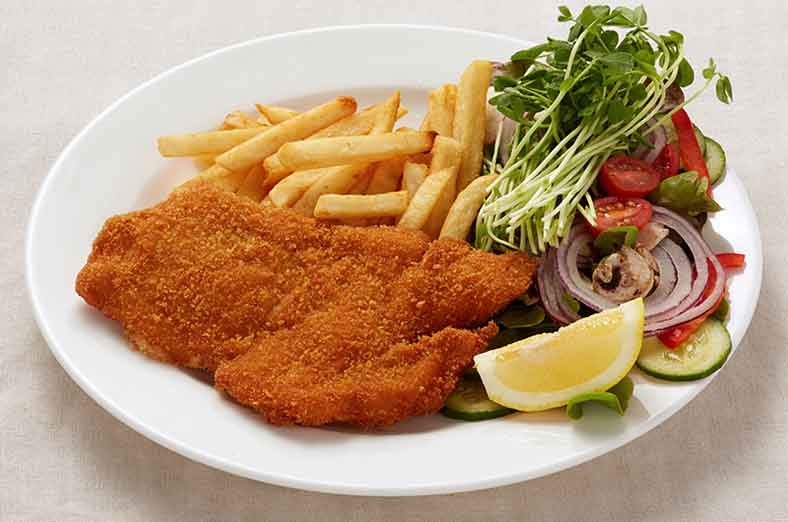 Schnitzel, fries, salad